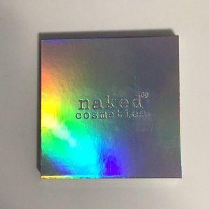 Naked cosmetics highlighting palette